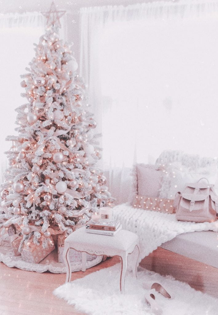 Rose Gold Decorated Christmas Tree