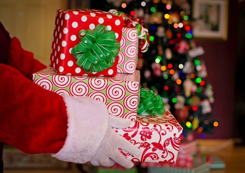 fun ways to do christmas gift exchange